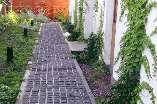 Садовая дорожка сделанная своими руками.