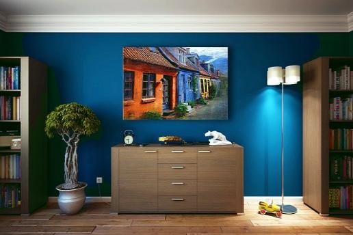 Уютная комната в стиле минимализм с акцентом