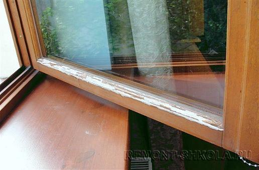 Деревянное окно до ремонта