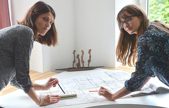 Профессиональные дизайнеры планируют электрику в доме