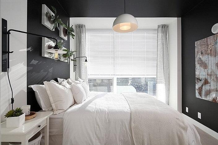 Баланс между тёмными и светлыми элементами в спальне