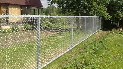 Сколько стоит забор и от чего зависит его цена?