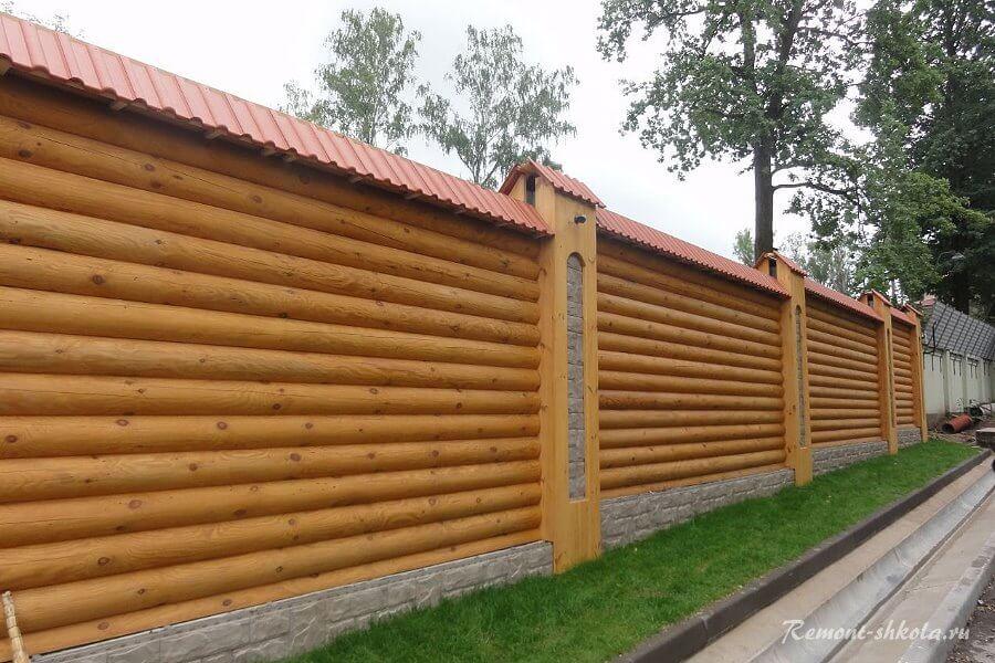 деревянный забор из блокхауса