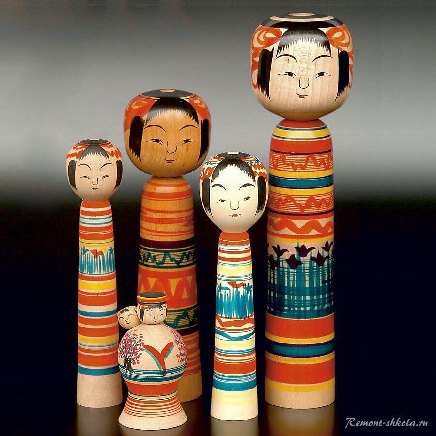 Куклы кокеси - статуэтки из дерева