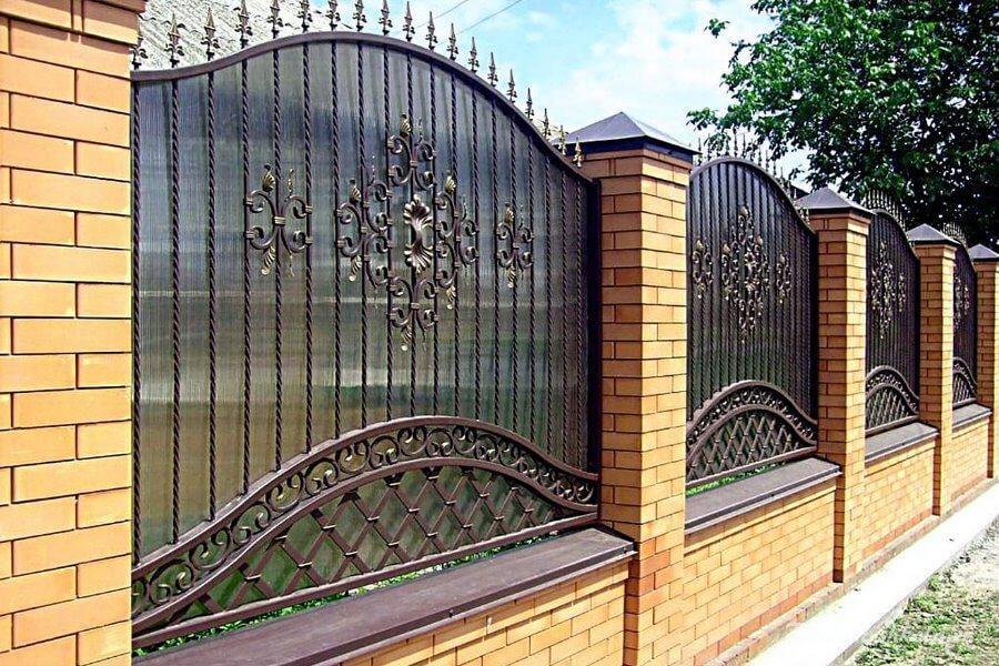 надёжный забор для дома