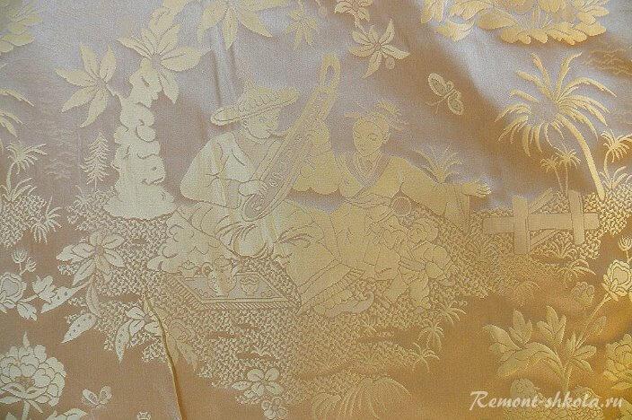 Рисунок из жизни на ткани дамаст