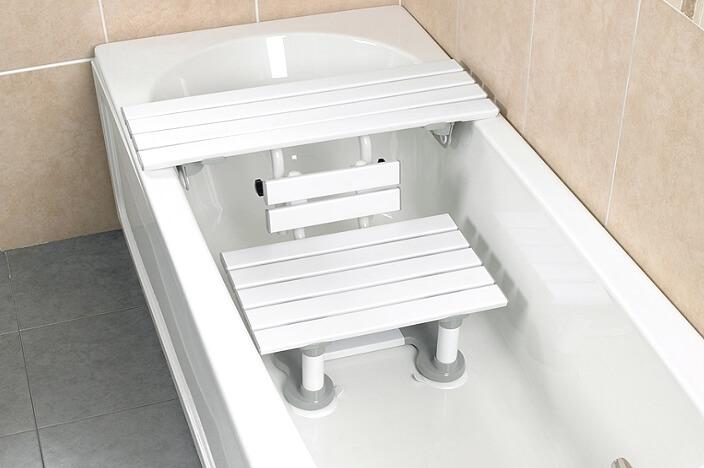 Стульчик в ванную для пожилых людей