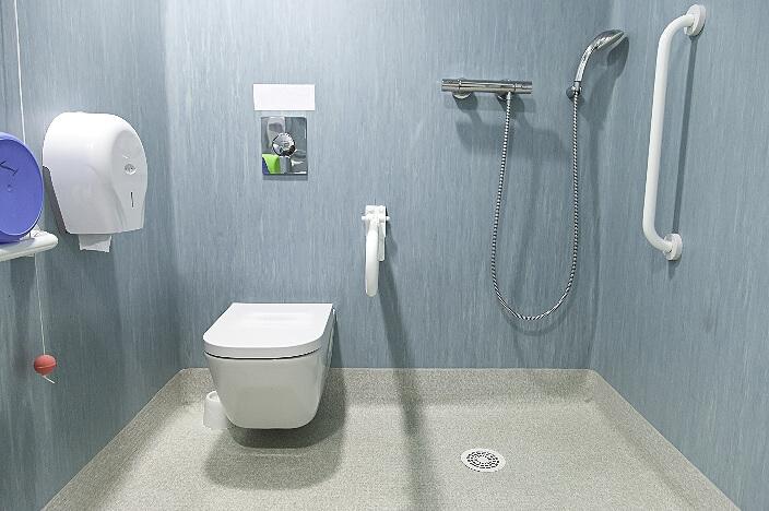 Ванная комната для пожилого человека