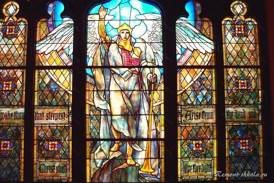 ангел на стекле